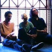 yo_la_tengo_trio_TN.jpg